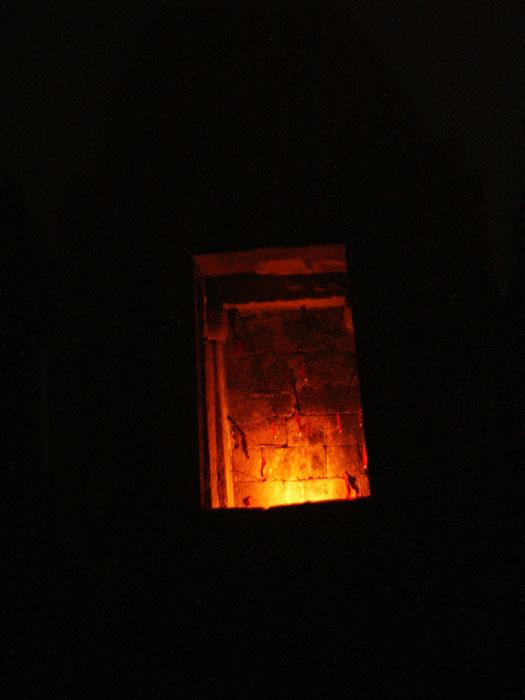 023-chausath-yogini-mandir-night