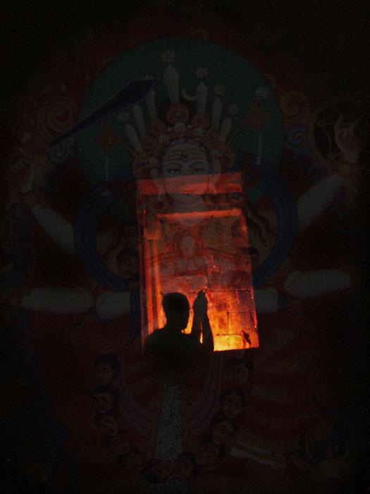 025-chausath-yogini-mandir-night