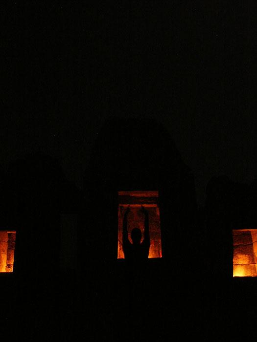 027-chausath-yogini-mandir-night
