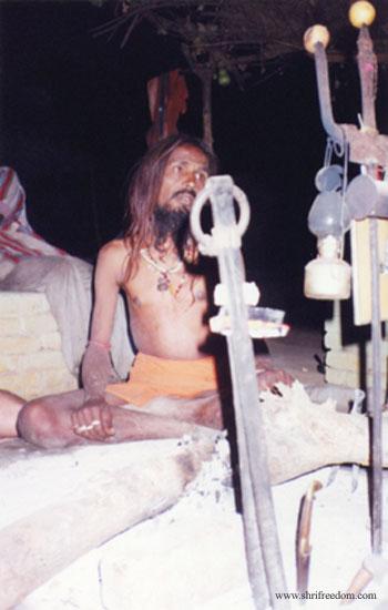 035-omkareshwar-laxman-giri-baba