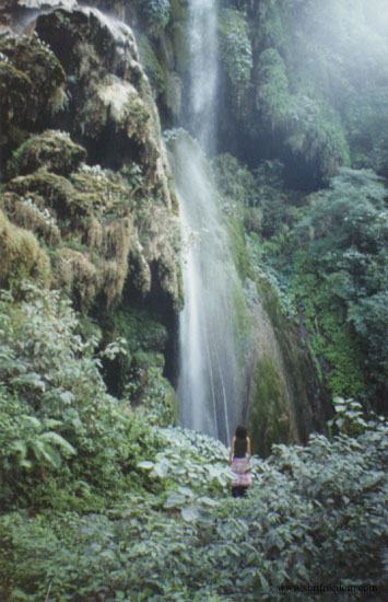 049-merilyn-by-waterfall