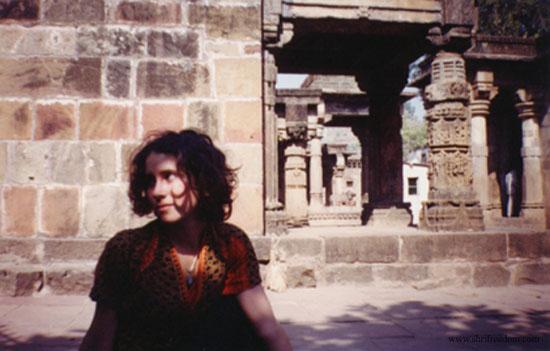 025-merilyn-doing-yoga-at-omkareshwar