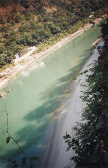 045-ganga-at-rishikesh