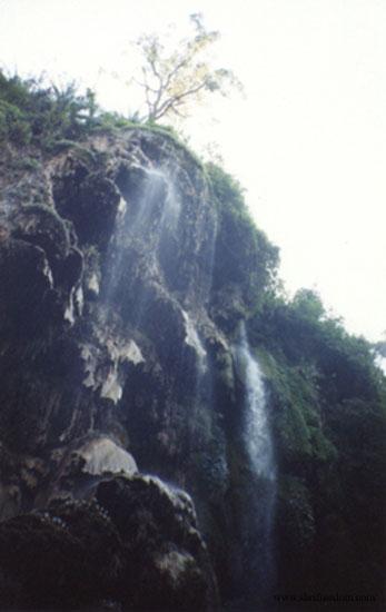 047-rishikesh-waterfall