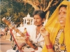 009-pushkar-desert-couple-making-traditional-music